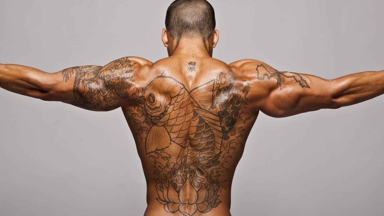 tatuaje hombre 16