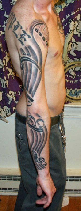 tatuaje hombre 37