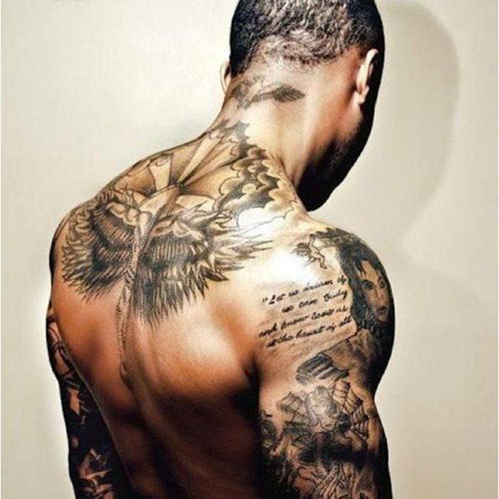 tatuaje hombre 50