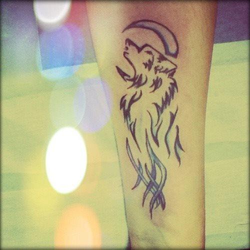 50 Diseños Y Tatuajes De Lunas Que Te Encantarán