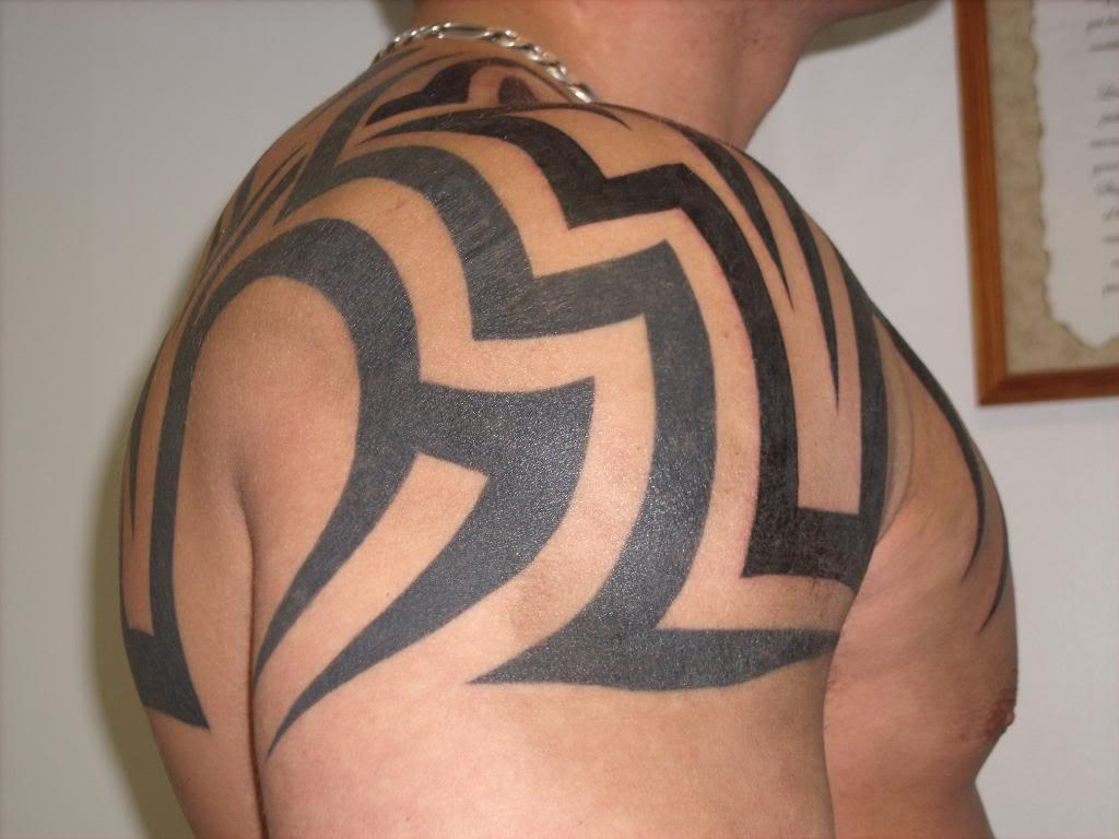 Tatuajes de un tribal grande o pequeño. 150 ejemplos