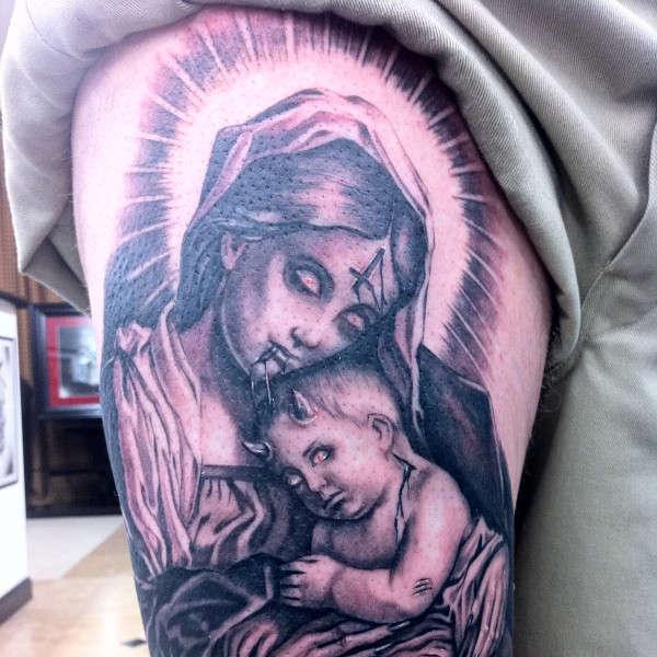 tatuaje virgen 18