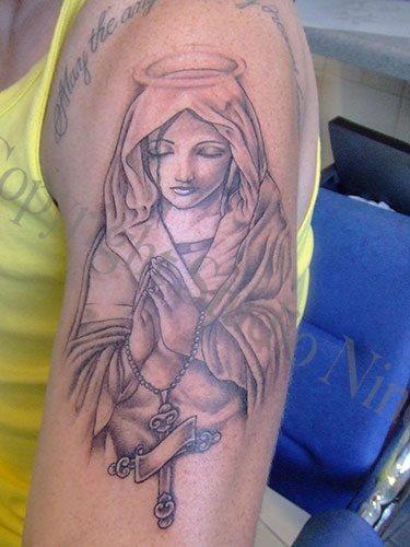 tatuaje virgen 25