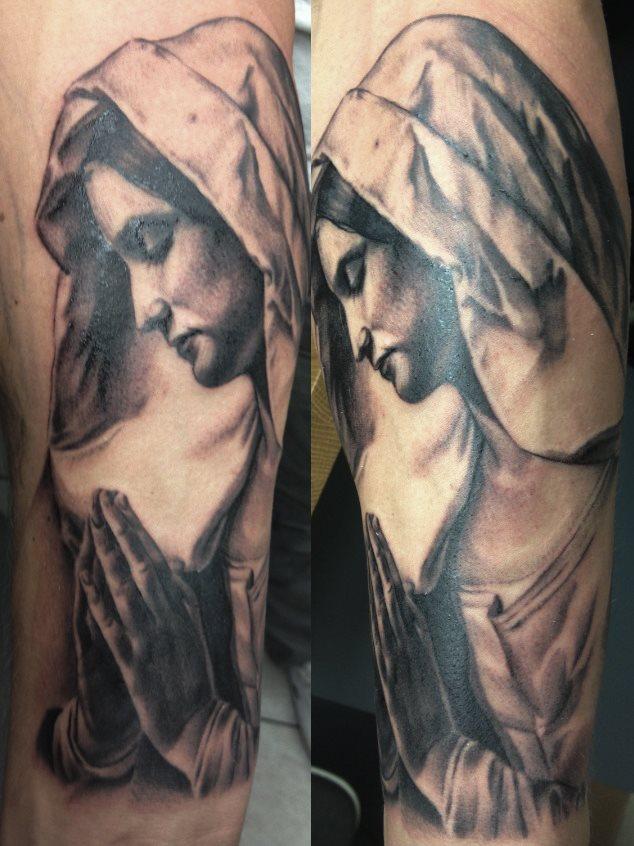 tatuaje virgen 56