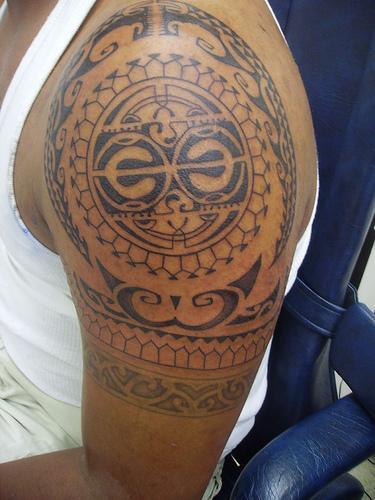 35 Tatuajes Hawaianos Tribales Tortugas Y Flores