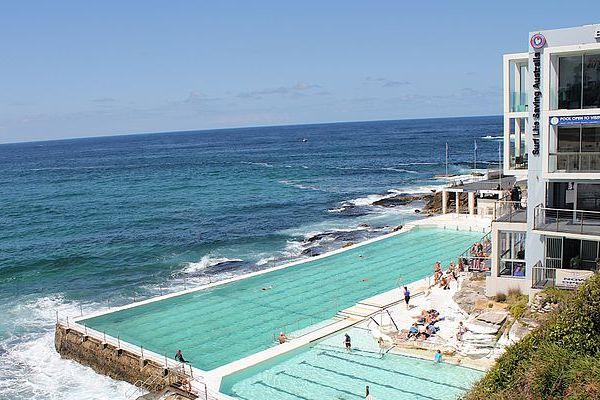 Las piscinas m s impresionantes for Piscina vilassar de mar