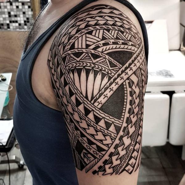 80 Tatuajes maories Diseos polinesios por todo el cuerpo