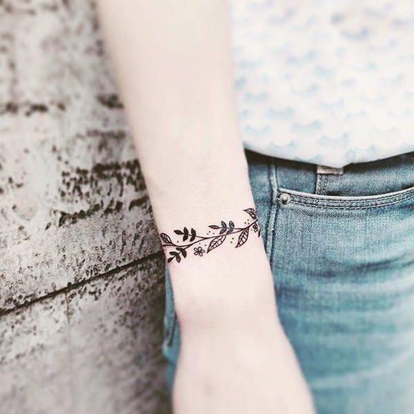 98 Tatuajes Muy Pequenos O Diminutos Para Mujeres