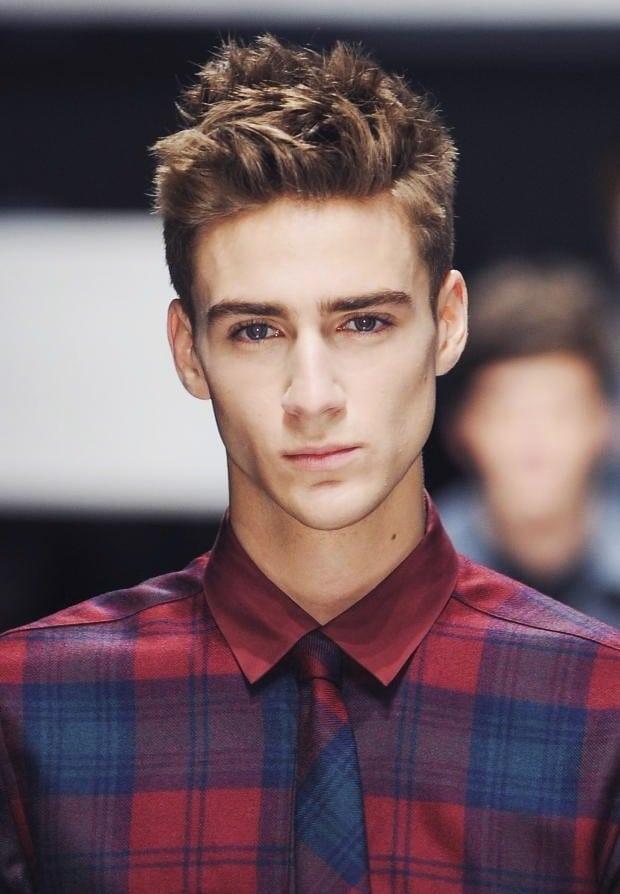 Acogedor peinados para hombres con poco pelo Imagen de estilo de color de pelo - 50 Peinados de pelo corto para hombre