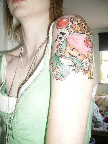 89 diversi tatuaggi di ciliegie rosse - Due caratteri diversi ...