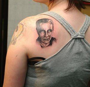 Upper Back Tattoo 1049
