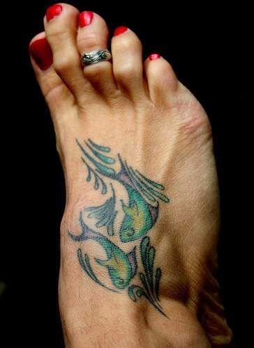 189 meravigliosi tatuaggi sul piede. Black Bedroom Furniture Sets. Home Design Ideas