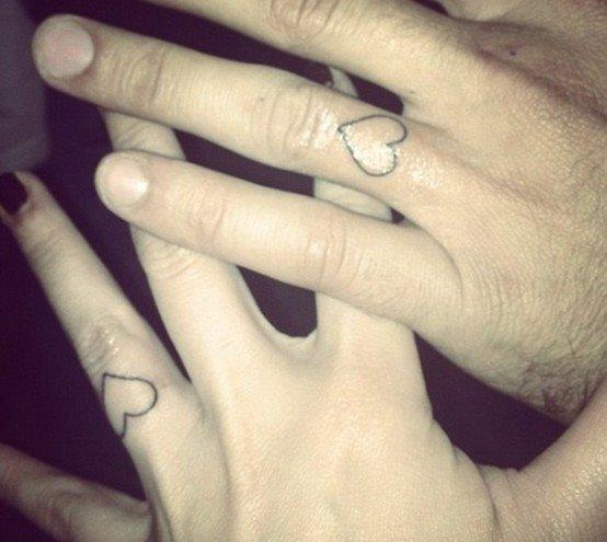 qualità affidabile seleziona per ultimo costruzione razionale 80 Tatuaggi di anelli e alleanze per coppie