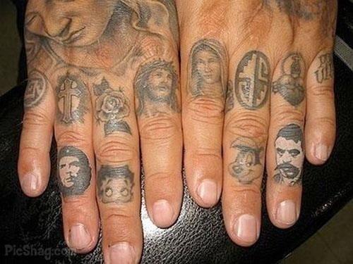 82 Tatuaggi Sulle Dita Pollice Mignolo Medio E Anulare